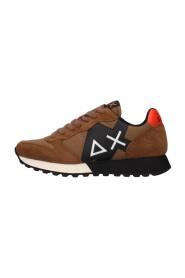Z41110 sneakers