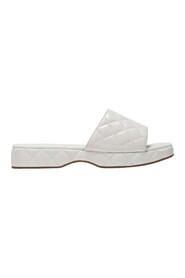Lilo Sandals in Creased Leather