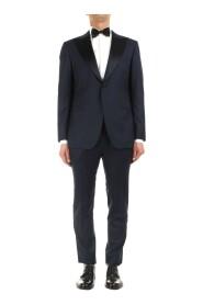 Kiton UASM861K07R1504001 Suit