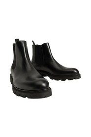 Track sole Chelsea boots