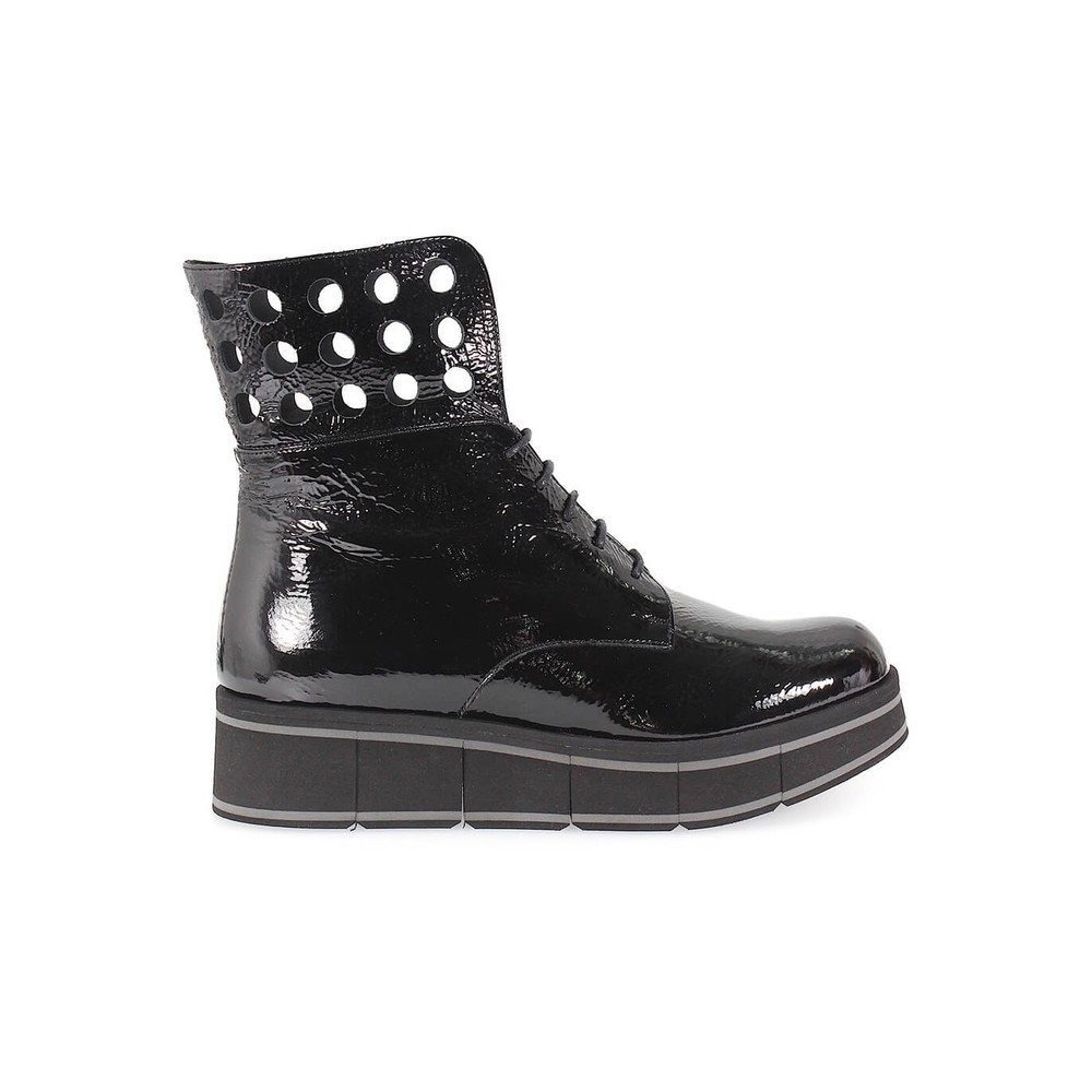 BLACK PATENT LACE UP BOOT