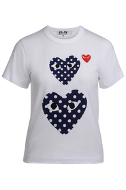 PLAY white t-shirt with blue polka dot hearts