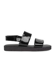 Sandals with velcro closure