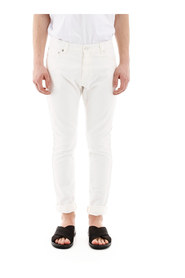 Skinny jeans with fluo label