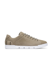 Breeze Tennis Sneakers