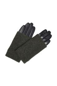 Helly Glove