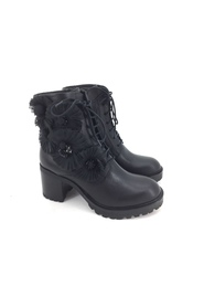 Boots SF1913S246 KATE