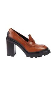 Heel loafer