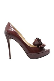 Couture Bow Peep Toe Pump -Pre Owned Condition Excellent