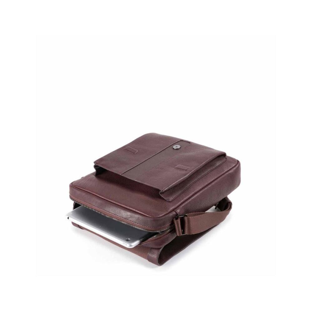 Brown bag | Piquadro | Schoudertassen | Herentassen