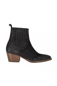 Mieke Støvler