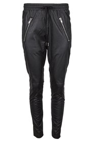 Skind trousers