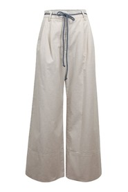 High waisted trousers with width