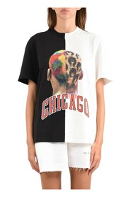 T-shirt whit double chicago player number and logo on back