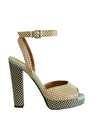 Checkered Peep Toes Sandals Pre Owned Condition Very Good