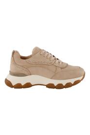 200-34-122687 Sneakers