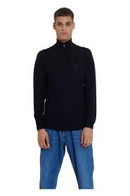 512399 690 Sweater