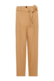 Cropped trousers,