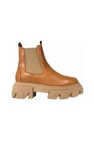 Lira Boots