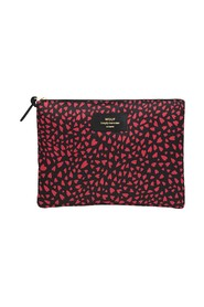 Hearts Xl Pouch Bag