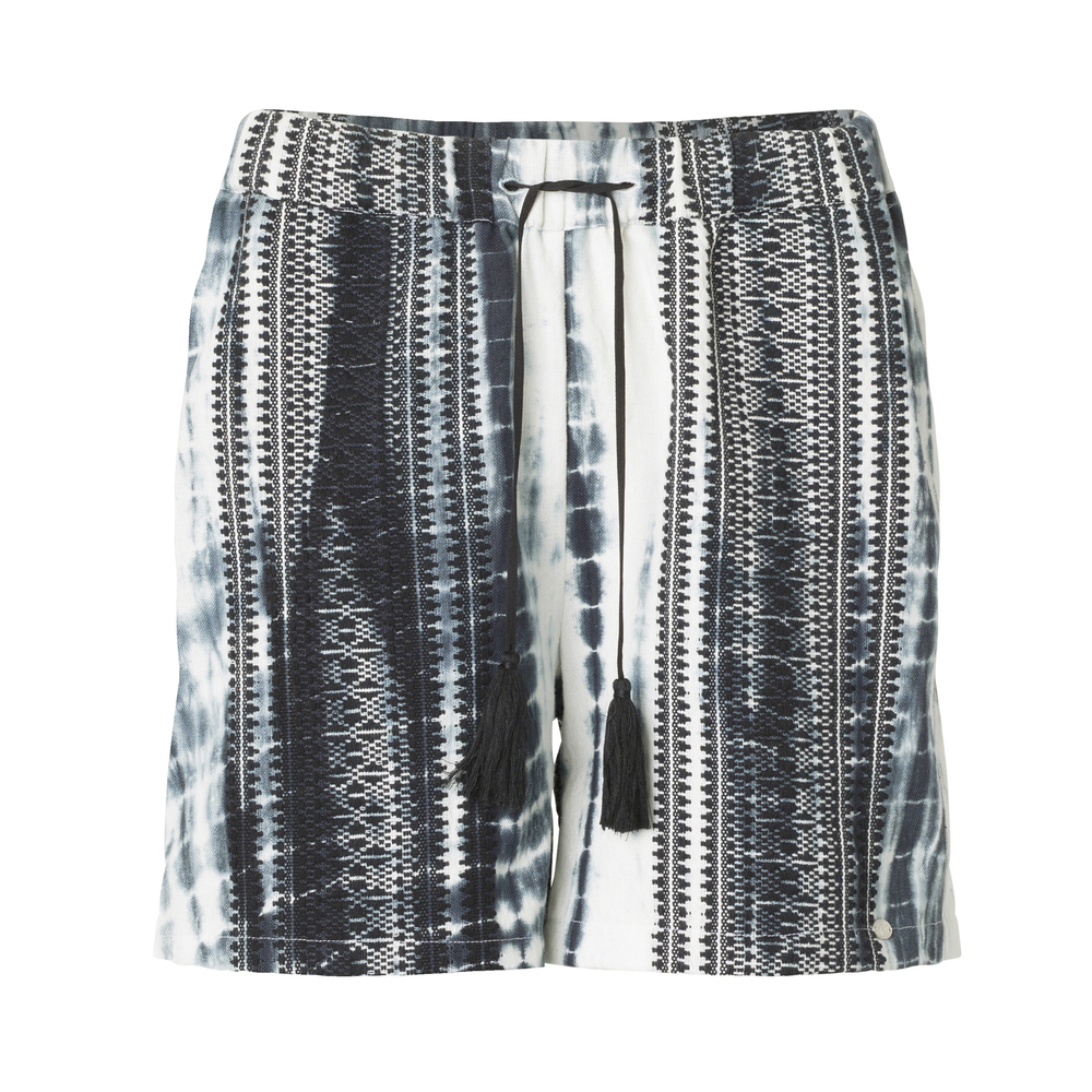 Black Plus Fine Sisille Shorts