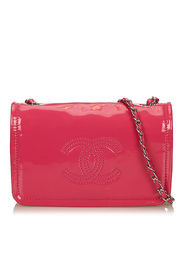 Patent Leather Chain Bag