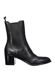 Beatles heel ankle boot