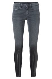 SKINNY JEANS WITH SPECIAL COATING EFFECT