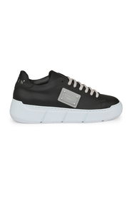 Istitutional Lo-Top Sneakers