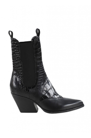 Boots 382-08-121290