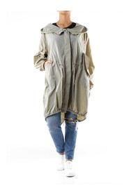 AA0107 Trench