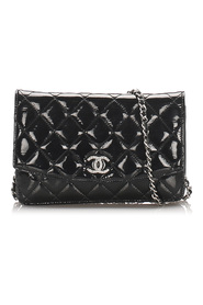 Timeless Patent Leather Wallet on Chain Leather Patent