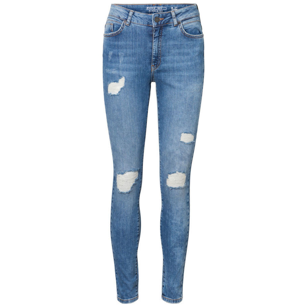 Noisy may Nelly destroyed jeans