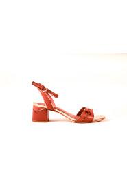 Sandaaltje met middelhak
