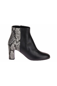 Ankle boot Snake print