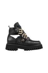 Groov-y Cut Out Boots