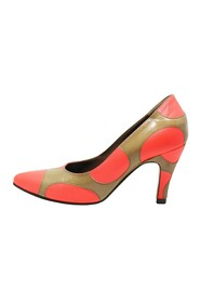 Polka Dot Patent Leather Pumps -Pre Owned Condition Very