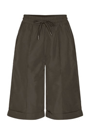 Trice Pull-On Bermuda Shorts  91176