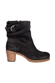 Ankle Boot With Zipper