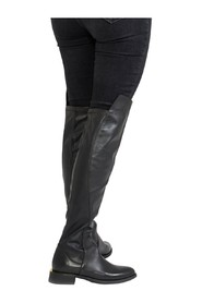 Boots in stretch nappa with gold edge