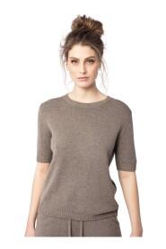 o-neck sweater
