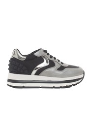 Maran Sneakers with raised part at the back