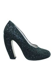 Round Toe Glitter Pumps