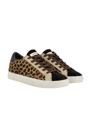 Low top essential leopard
