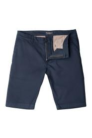 krótkie spodnie fano