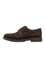 zamszowe buty brogsy b200