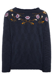 Knitted Pullover floral embroidered