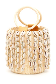 Wicker mini bag with cowrie shells