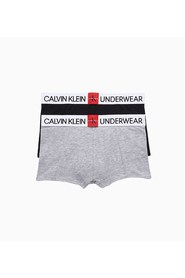 CALVIN KLEIN B70B700241 2 PACK TRUNK UNDERWEAR Boy 1 Black, 1 Grey
