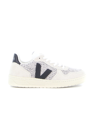 V-10 Flannel sneakers